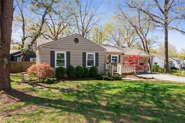 7624 Briar Drive, Prairie Village, KS 66208 (MLS #2315585) :: Stone & Story Real Estate Group