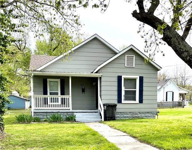 625 W Walnut Street, Nevada, MO 64772 (#2315602) :: Audra Heller and Associates