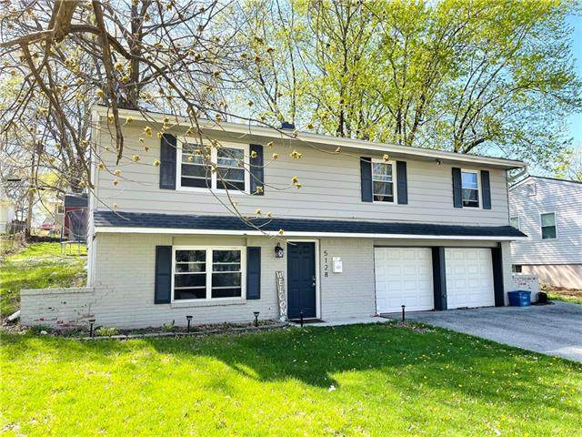 5128 N Smalley Avenue, Kansas City, MO 64119 (#2315641) :: Audra Heller and Associates
