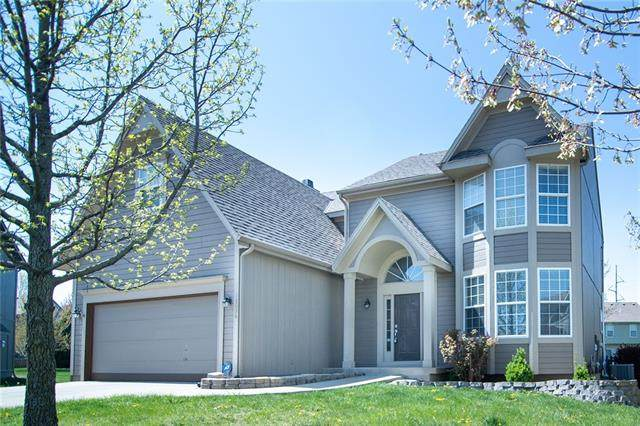 18036 W 163RD Terrace, Olathe, KS 66062 (#2315732) :: Dani Beyer Real Estate