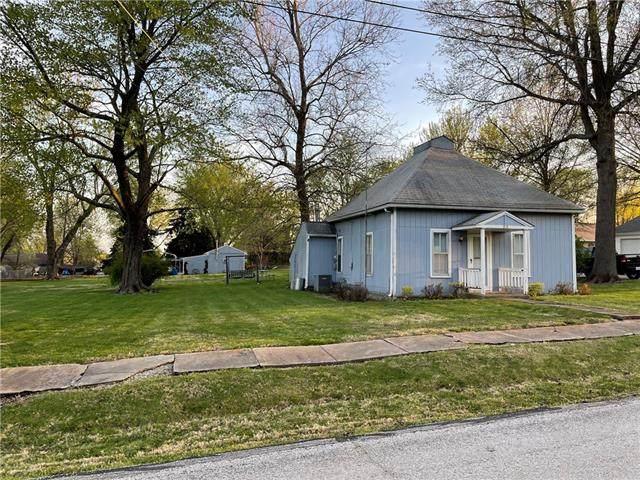 319 W Walnut Street, Cleveland, MO 64734 (#2315764) :: Ron Henderson & Associates