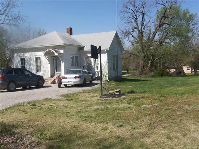 214 S 4th Street, Mound City, KS 66056 (#2315767) :: The Shannon Lyon Group - ReeceNichols