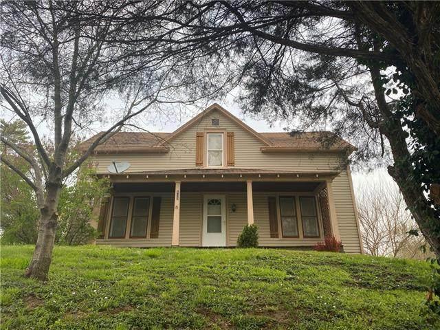 W Pine Street, Oregon, MO 64473 (#2315783) :: Ron Henderson & Associates