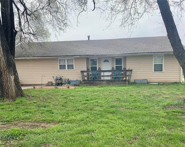 709 Cherokee Street, Oskaloosa, KS 66066 (#2315818) :: Team Real Estate