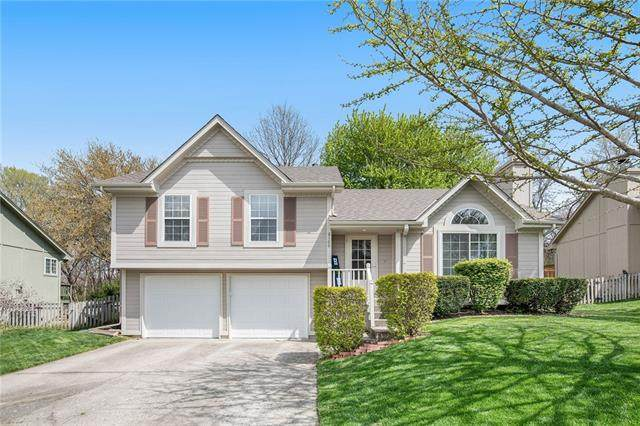 2100 NW Harbor Place, Blue Springs, MO 64015 (#2315832) :: Ask Cathy Marketing Group, LLC