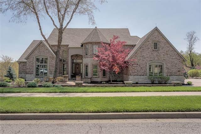 4319 N Mulberry Drive, Kansas City, MO 64116 (#2315833) :: Five-Star Homes