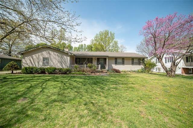 315 N Spruce Street, Garnett, KS 66032 (#2315860) :: Team Real Estate