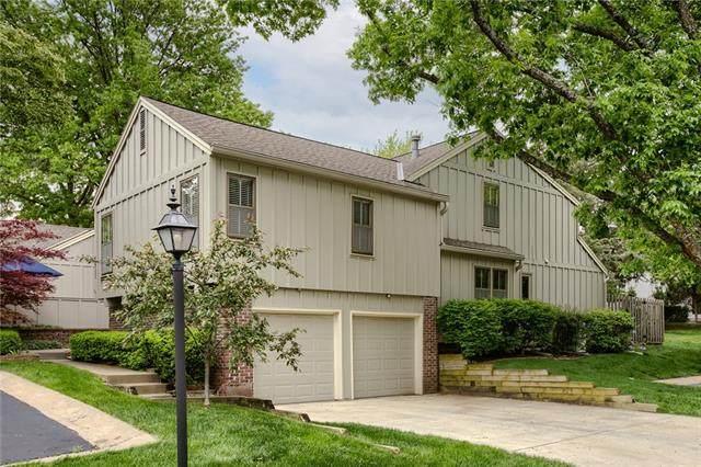 4411 W 112th Terrace, Leawood, KS 66211 (#2315872) :: Ron Henderson & Associates
