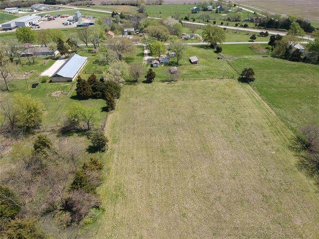 26125 NE Neosho Road, Garnett, KS 66032 (#2315905) :: The Shannon Lyon Group - ReeceNichols