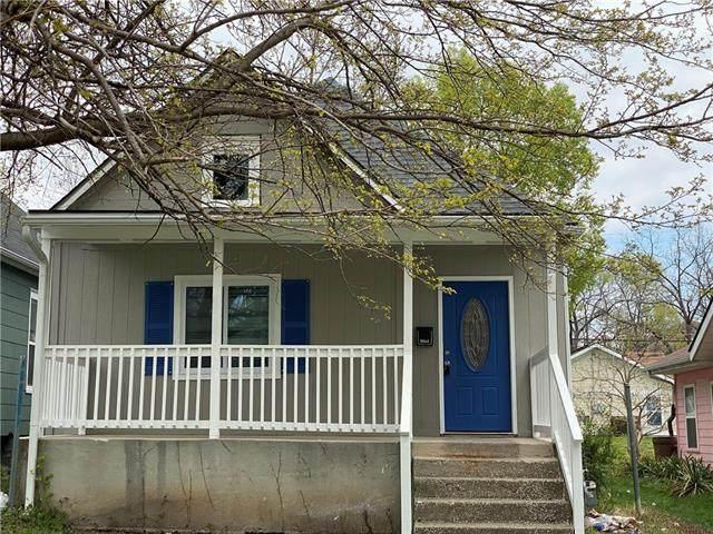 3339 Forest Avenue, Kansas City, MO 64109 (#2315955) :: Ron Henderson & Associates