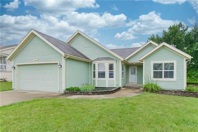 1803 Gunner Avenue, Greenwood, MO 64034 (#2315973) :: ReeceNichols Realtors