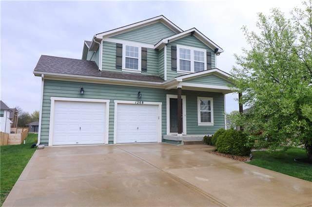 1208 SW Arborcrest Drive, Lee's Summit, MO 64082 (#2315988) :: Dani Beyer Real Estate