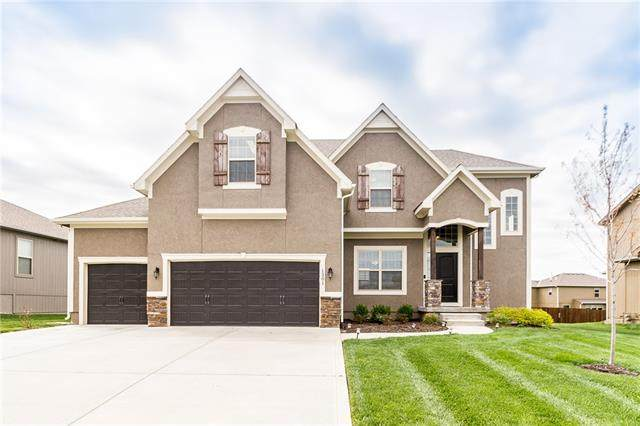 1301 Mission Drive, Raymore, MO 64083 (#2315993) :: The Shannon Lyon Group - ReeceNichols