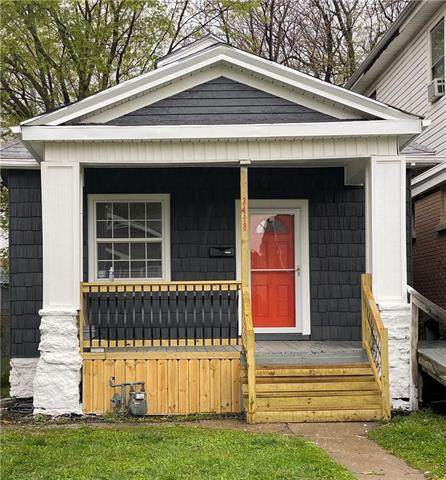 3418 Forest Avenue, Kansas City, MO 64109 (#2315995) :: Beginnings KC Team