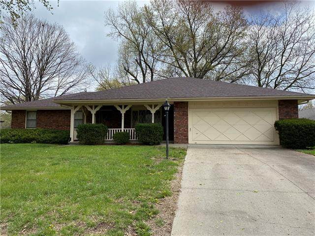 2407 Kingman Street, Leavenworth, KS 66048 (#2316024) :: The Shannon Lyon Group - ReeceNichols