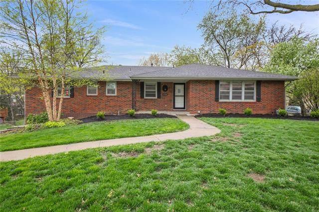 6530 NW Sweetbriar Lane, Kansas City, MO 64151 (#2316044) :: Team Real Estate