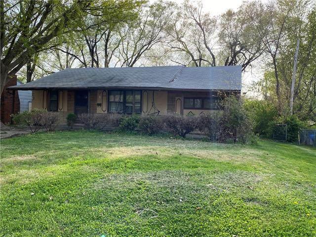 1712 N 44th Street, Kansas City, KS 66102 (#2316063) :: Ron Henderson & Associates
