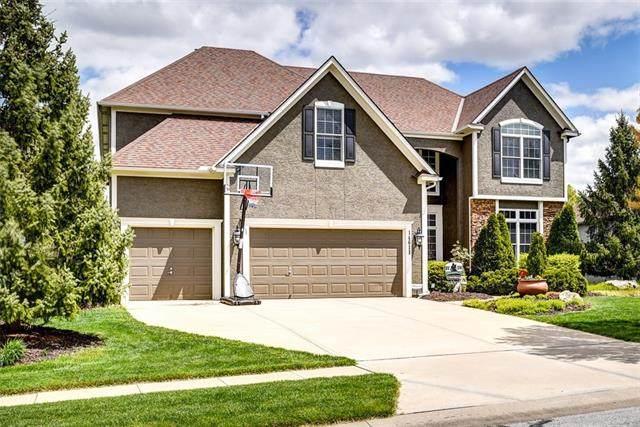 14611 S Bond Street, Olathe, KS 66062 (#2316084) :: Team Real Estate