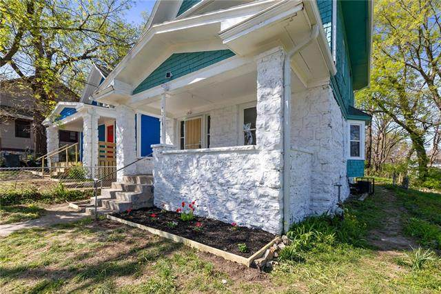 1316 E 42 Street, Kansas City, MO 64110 (MLS #2316089) :: Stone & Story Real Estate Group