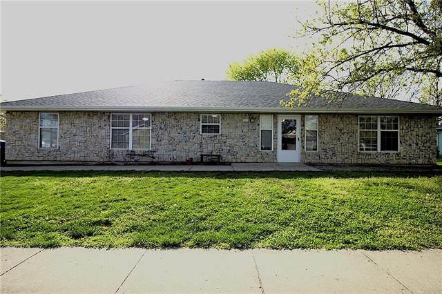 212 Cross Creek Lane, Grain Valley, MO 64029 (MLS #2316097) :: Stone & Story Real Estate Group