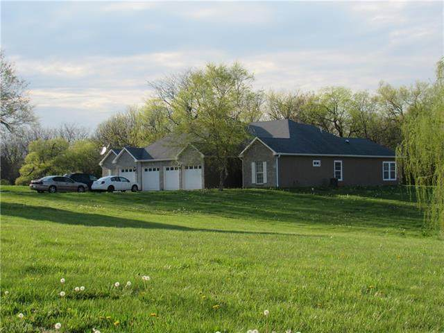 884-886 SW County Road Zz N/A, Garden City, MO 64747 (#2316099) :: The Kedish Group at Keller Williams Realty