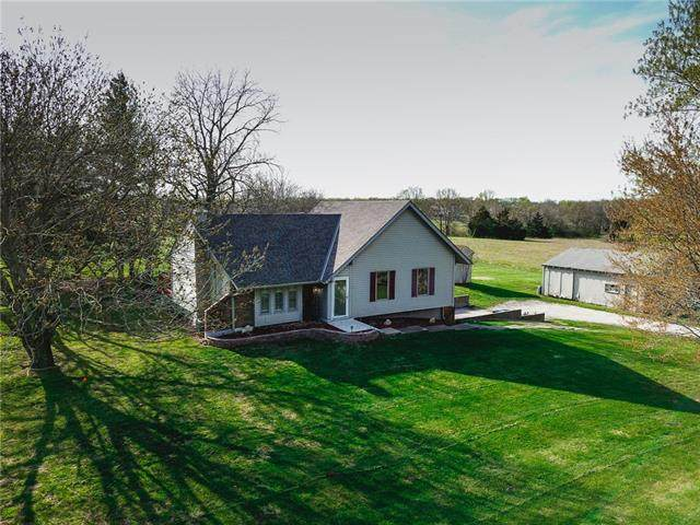 566 NW 1381st Road, Holden, MO 64040 (#2316149) :: Ron Henderson & Associates
