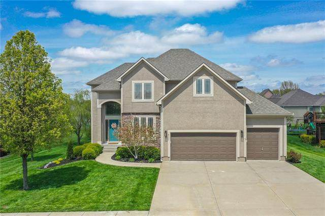 412 SE Snaffle Bit Drive, Lee's Summit, MO 64082 (#2316206) :: The Shannon Lyon Group - ReeceNichols
