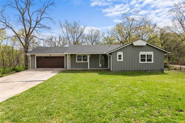 4809 Greenway Drive, Kansas City, MO 64129 (#2316282) :: The Rucker Group