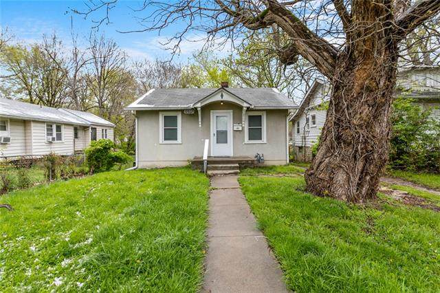 6927 Chestnut Avenue, Kansas City, MO 64132 (#2316286) :: Beginnings KC Team
