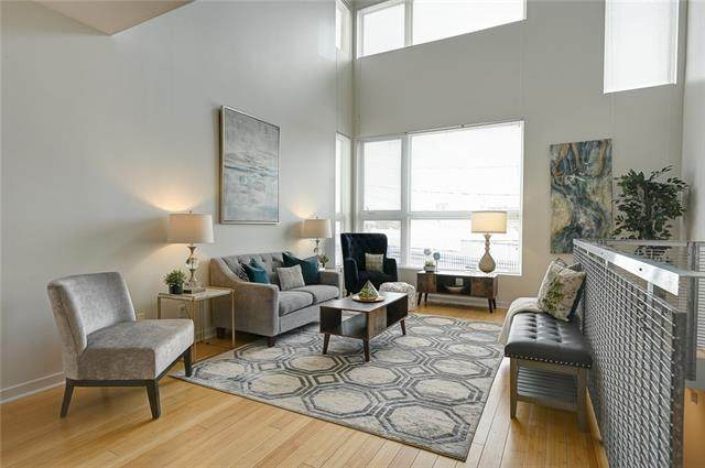 582 W 40 Street #582, Kansas City, MO 64111 (#2316312) :: Team Real Estate