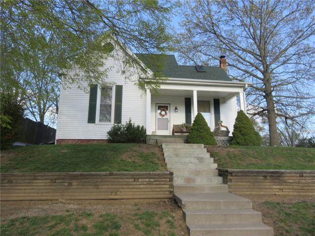 103 S July Street, Dearborn, MO 64439 (#2316423) :: Team Real Estate