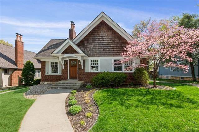 15 E Dartmouth Road, Kansas City, MO 64113 (#2316440) :: Ron Henderson & Associates