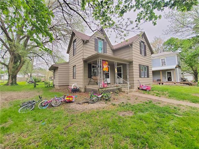 320 W 3rd Avenue, Garnett, KS 66032 (#2316580) :: Team Real Estate