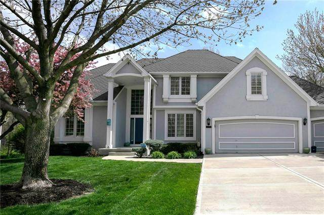 13605 W 53rd Terrace, Shawnee, KS 66216 (#2316587) :: The Shannon Lyon Group - ReeceNichols