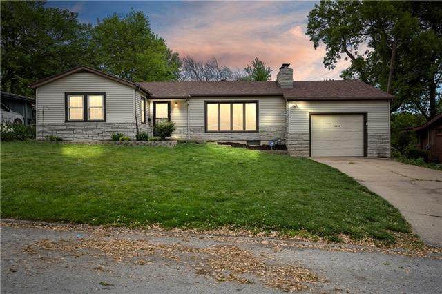 2828 Tauromee Avenue, Kansas City, KS 66102 (#2316593) :: The Shannon Lyon Group - ReeceNichols