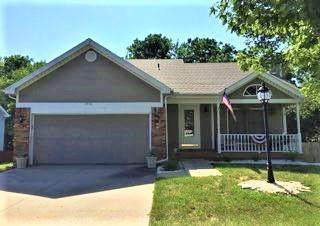 2908 N 39th Terrace, St Joseph, MO 64506 (#2316755) :: The Kedish Group at Keller Williams Realty