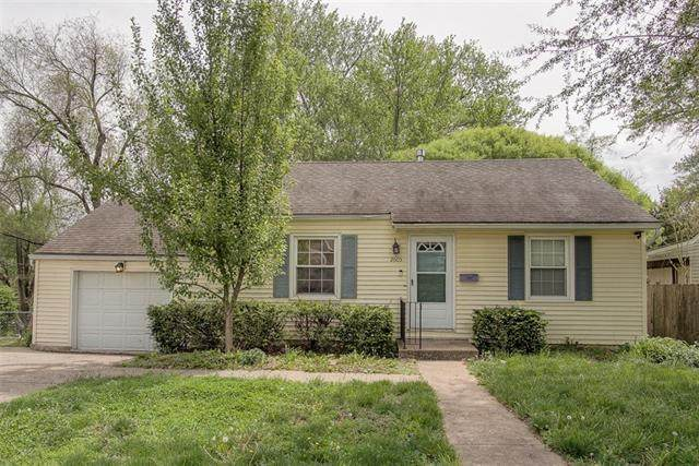 2605 S 28th Street, Kansas City, KS 66106 (MLS #2316789) :: Stone & Story Real Estate Group