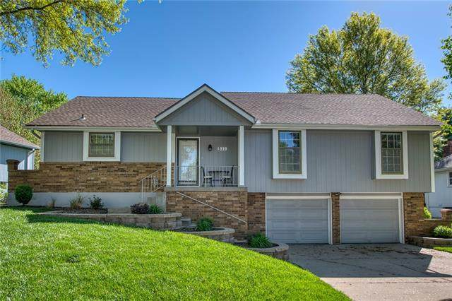 511 SE Vista Drive, Lee's Summit, MO 64063 (#2316841) :: The Rucker Group