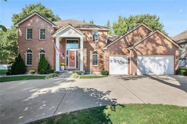 11108 Wyandotte Court, Kansas City, MO 64114 (#2317049) :: The Shannon Lyon Group - ReeceNichols