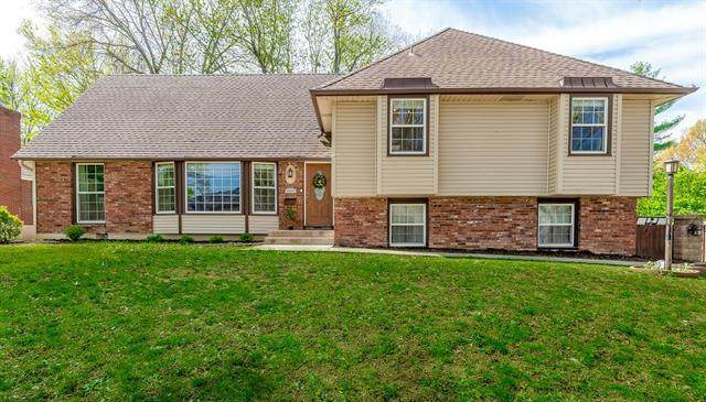 1411 SW 5TH Street, Lee's Summit, MO 64081 (#2317054) :: Team Real Estate