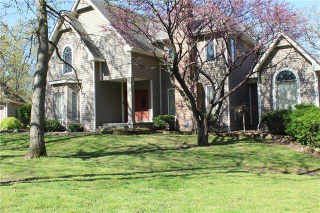 155 Country Club Drive, Nevada, MO 64772 (#2317118) :: The Rucker Group