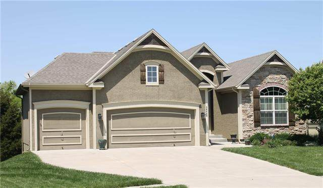 26468 W 144th Court, Olathe, KS 66061 (#2317121) :: Team Real Estate