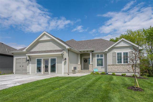 20119 Barker Street, Spring Hill, KS 66083 (#2317238) :: Team Real Estate