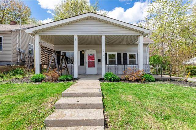 1024 N Main Street, Independence, MO 64050 (#2317364) :: Ron Henderson & Associates