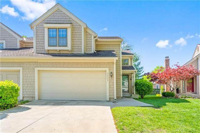 11111 W 113th Terrace, Overland Park, KS 66210 (#2317377) :: Eric Craig Real Estate Team