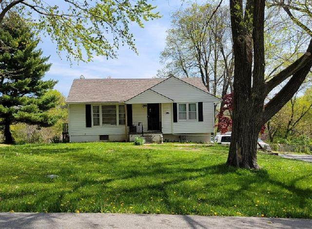 4123 Hawthorne Avenue, Kansas City, MO 64133 (#2317378) :: The Rucker Group