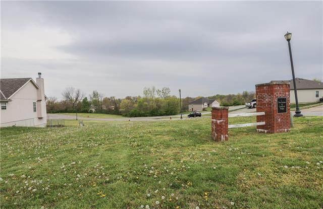 4907 S Hocker Road, Kansas City, MO 64136 (#2317438) :: Dani Beyer Real Estate