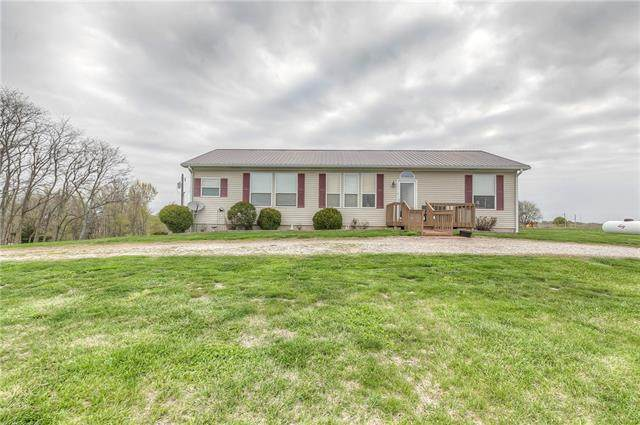 22421 Wagner Road, Easton, KS 66020 (#2317472) :: The Kedish Group at Keller Williams Realty