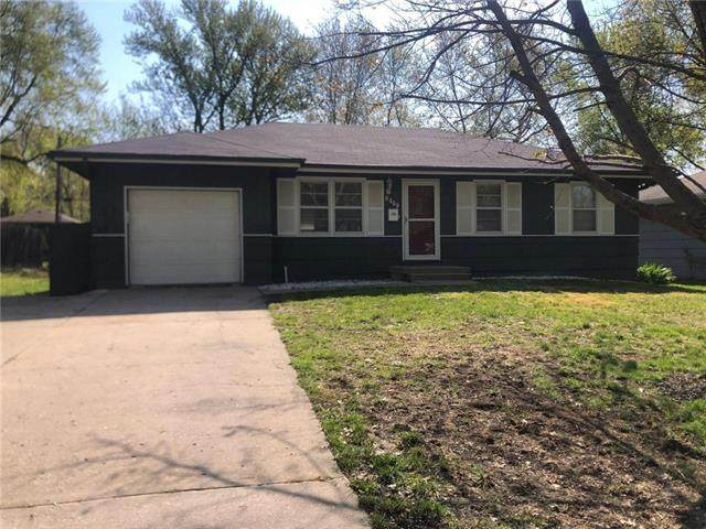 9409 Oakland Avenue, Kansas City, MO 64138 (#2317480) :: Beginnings KC Team