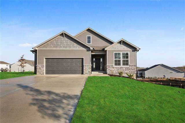 25157 W 142nd Street, Olathe, KS 66061 (#2317506) :: Five-Star Homes